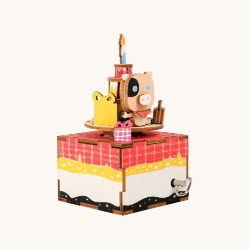 Fødselsdag. Samlesæt og spilledåse.